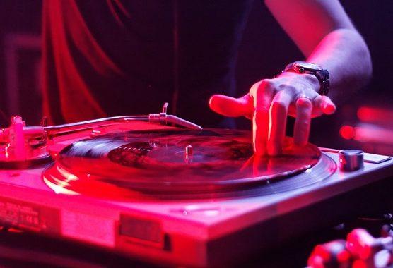Giradischi da DJ